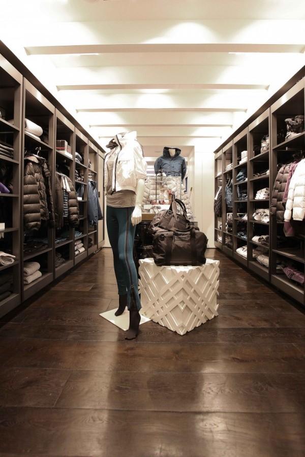 Burberry Brit Store A Milano : Burberry apre il negozio brit a milano coolmag